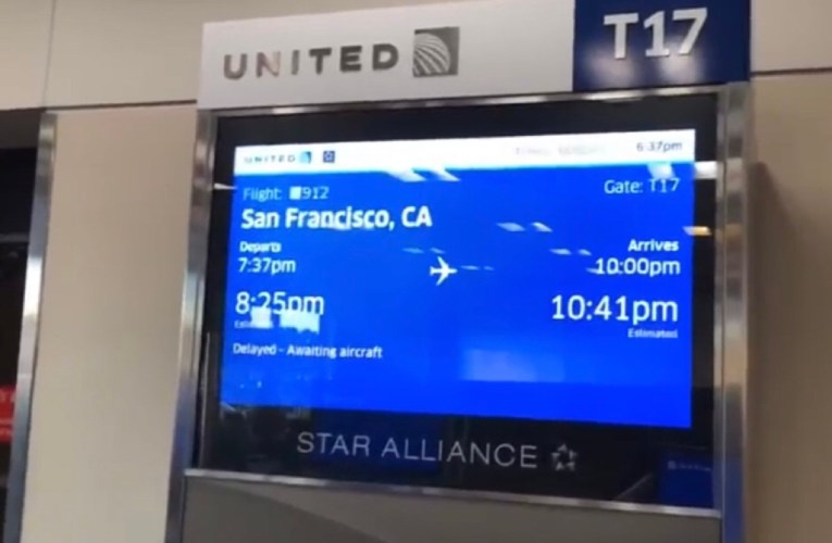 Zennie Abraham: United Airlines Gate T17 Atlanta With Travel Tip