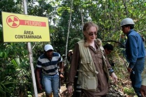 Mia Farrow filming in Ecuador for Donziger