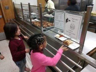 OUSD Students Get Lunch