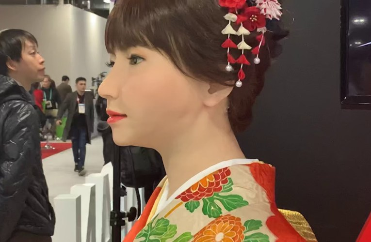 A01 Erica Android News Anchor Of Japan At CES 2020 Las Vegas Is Synthetic Human With YouTube Channel