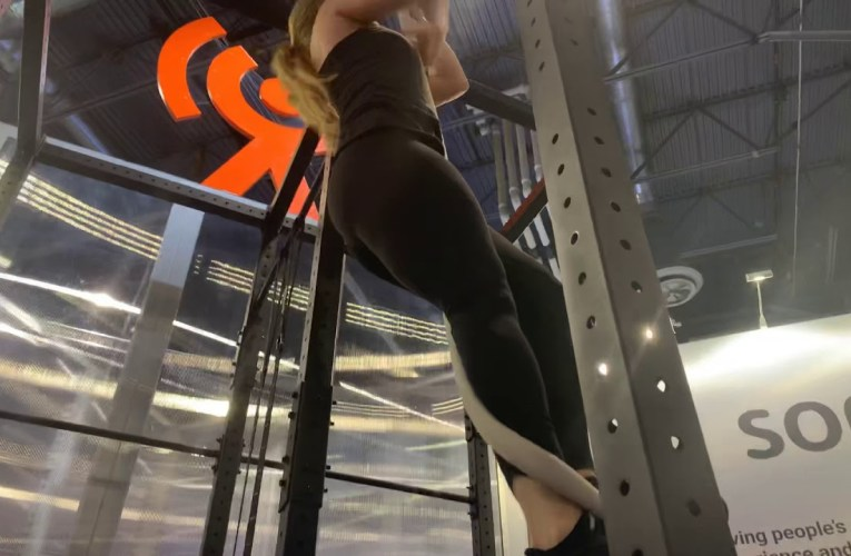 Valencell's Leah, Nicole, And Lindsay Fitness Experts At CES 2020 Las Vegas