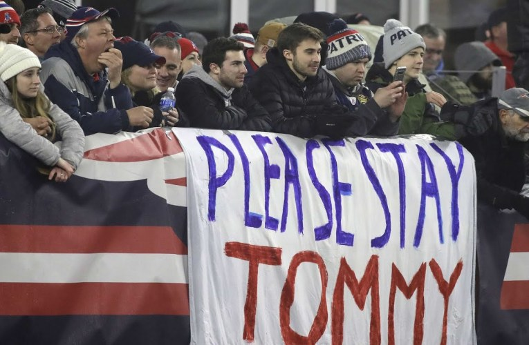 Tom Brady Leaves New England Patriots But For What NFL Team?