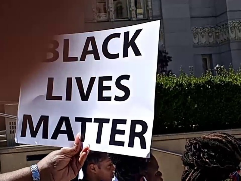 YouTube Vid Of Another Black Lives Matter Oakland City Hall Protest Encourages Viewers To Vote