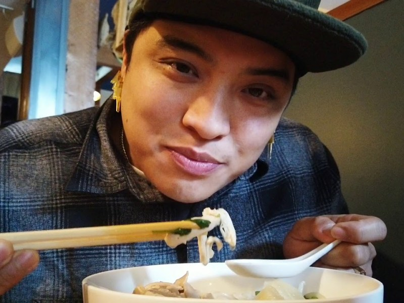 Trying Out Chef Tu David Phu's Chicken Pho Pop-Up in Oakland