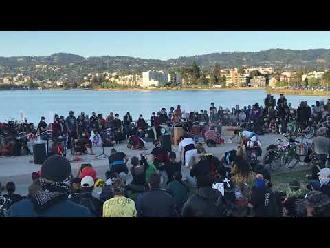 A Giant Gathering At The Outdoor Auditorium At Lake Merritt Oakland For Black Lives Matter