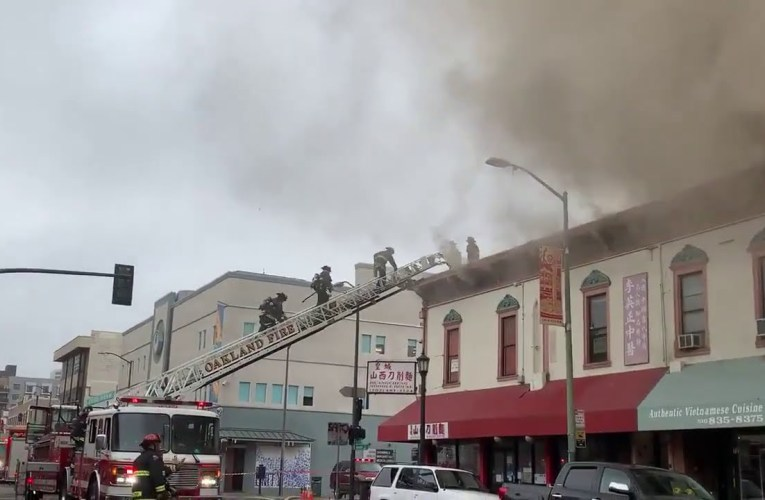 Oakland Chinatown: 5-Alarm Grocery Store Fire At 7th and Webster