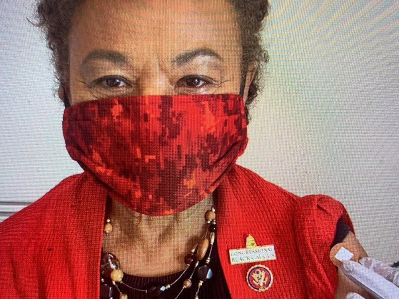 Congresswoman Barbara Lee Applauds Opening of Community Vaccination Site at Oakland Coliseum