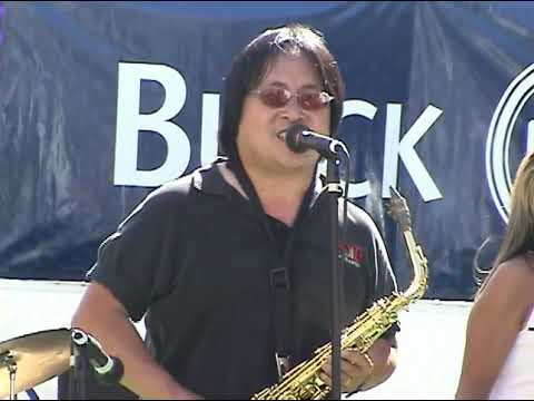 I'll Be There covered by Jest Jammin' Oakland Chinatown StreetFest Aug 2003