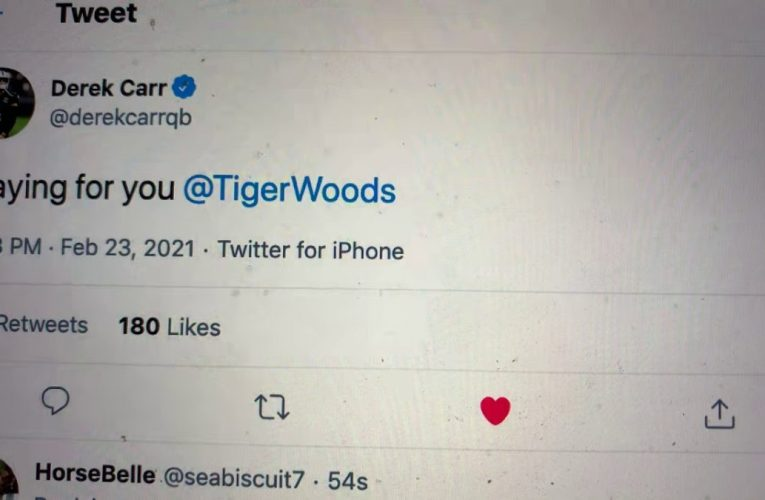 Derek Carr Tweets Praying For You Tiger Woods As Golfer In Surgery After Single Car Accident In LA
