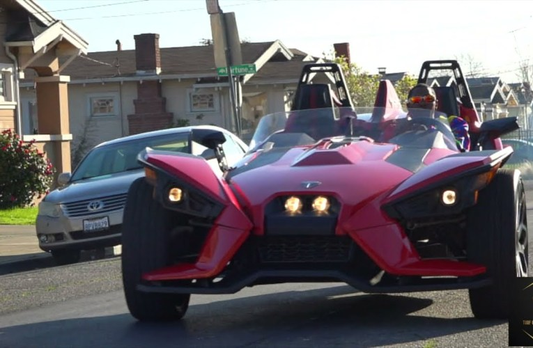 Turf Toy On YouTube Brings 3-Wheel Slingshot SL To Oakland California