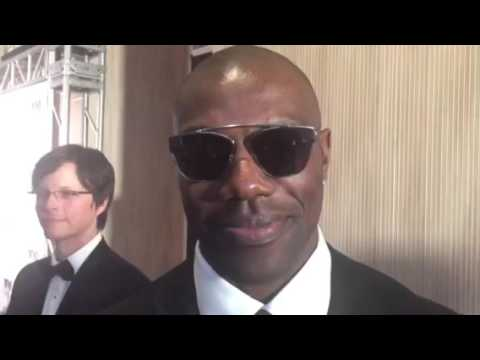 Terrell Owens On Dallas Cowboys QB, NFL Draft Asked At 2016 Night Of 100 Stars Oscars Party