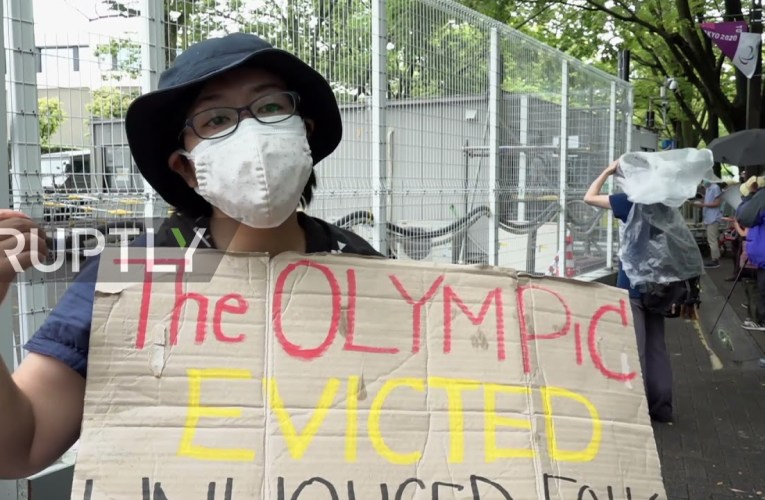 Japan: Protesters draw attention to homeless evictions as Tokyo Games near end