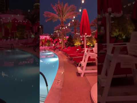 Resorts World Las Vegas Pool Area Almost Without People In Saturday Night Vlog