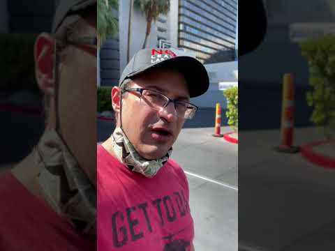 This Vegas Tourist Made This Video 1000x BETTER
