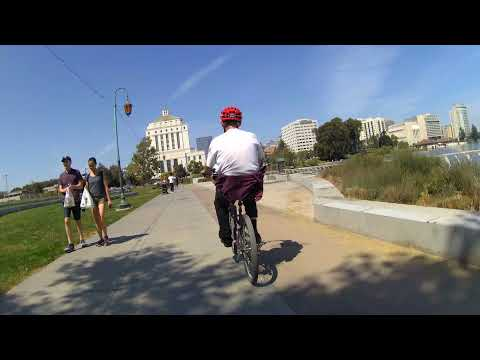 SF Bay Area Bicycle Is Back – Bike Oakland: Broadway, Tunnel, And Skyline