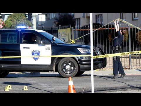 Oakland Gang Wars – Convicted Felons + No Where To Go = High Crime Rate