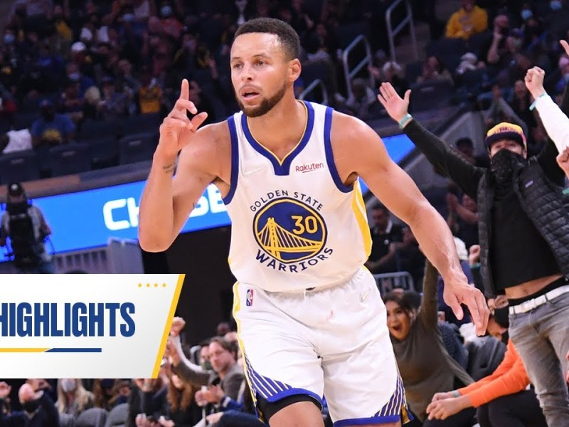 Stephen Curry Drops 30 Points in Warriors' Win vs. Lakers | Oct. 8, 2021