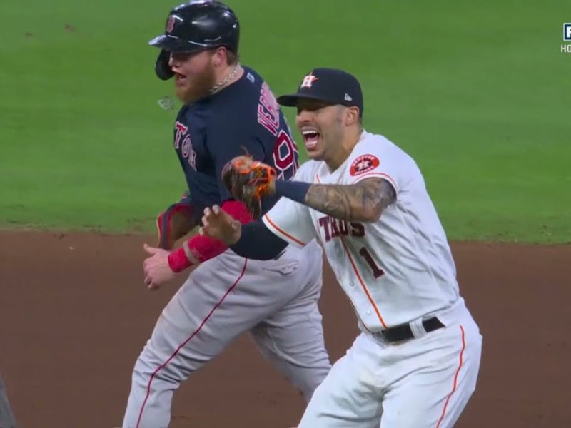 STRIKE EM OUT THROW EM OUT!!! Astros pull off HUGE double play to hold on to lead!