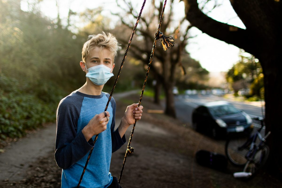 Youth from Oakland installs swings in residential neighborhoods and parks around Oakland