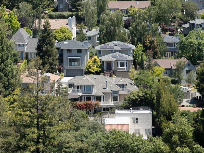 Oakland considers banning ADUs in the hills to avoid fire danger