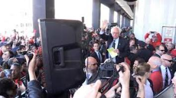 Bernie Sanders speaking to striking Verizon workers.  Many Democrats come out to talk to striking workers. That is easy. But a real workers' leader would be mobilizing his or her supporters to come out an help build mass pickets.
