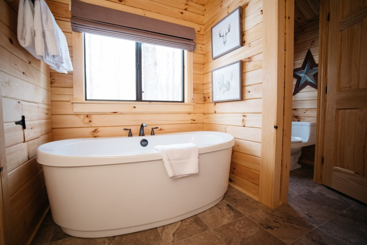 Cabin #1 Whirlpool Tub