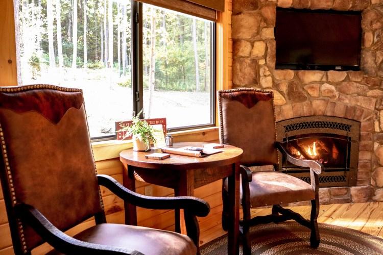 Cabin #17 Dinette