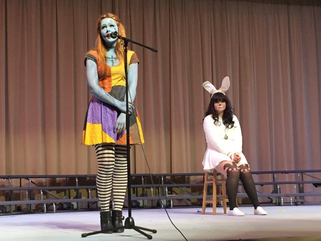 Choir members and seniors Aurora Schnurr and Lexi Maldonado perform at the choir's Disney concert Nov. 6 in the Pavilion. The Disney concert featured familiar Disney characters such as the Mad Hatter and the White Rabbit (Michelle Chen/Talon).
