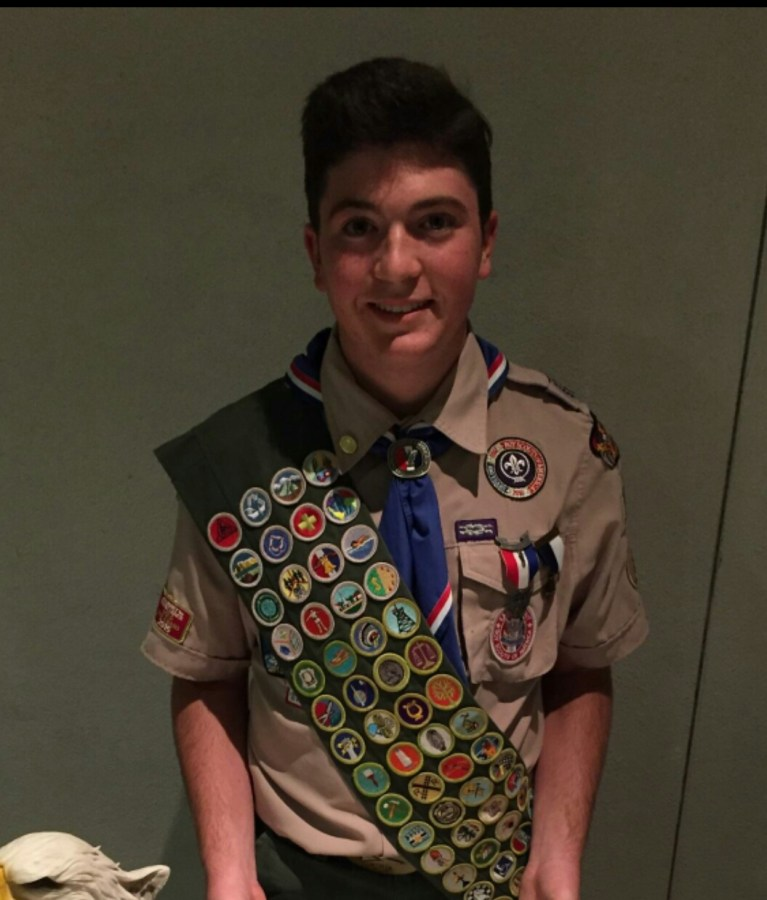 Justin+Zilberstein+wearing+his+full+Eagle+Scout+uniform.