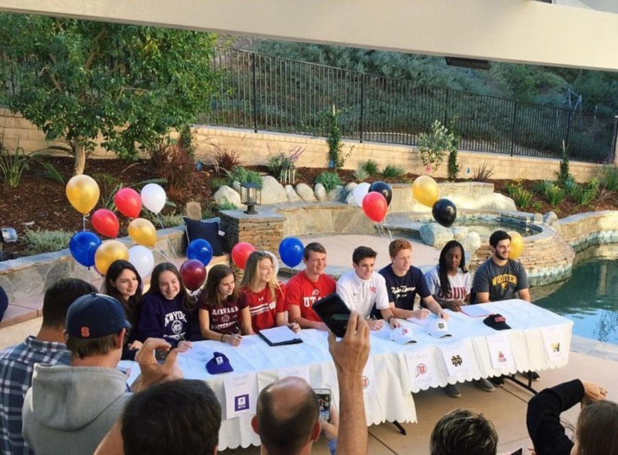 Senior+athletes+sign+to+colleges