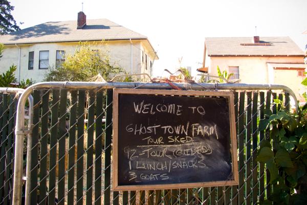 Ghost Town Farm Entrance