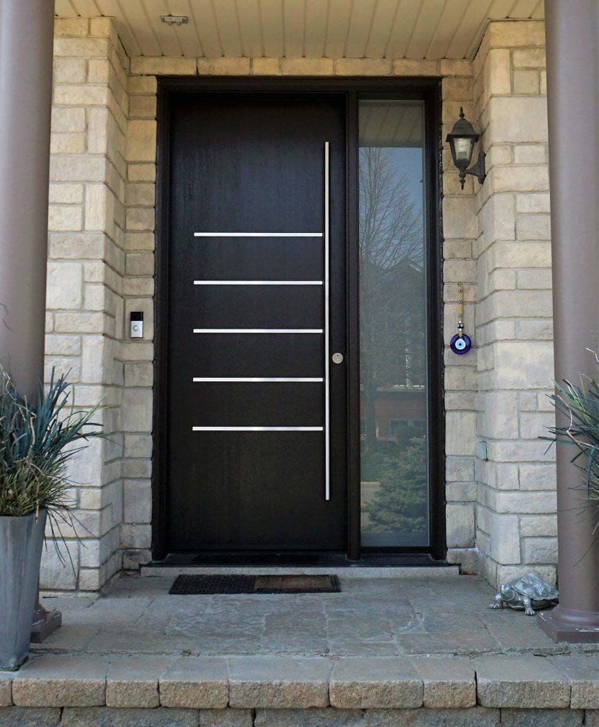 Modern Fiberglass Door System With Pull Handle Oakville