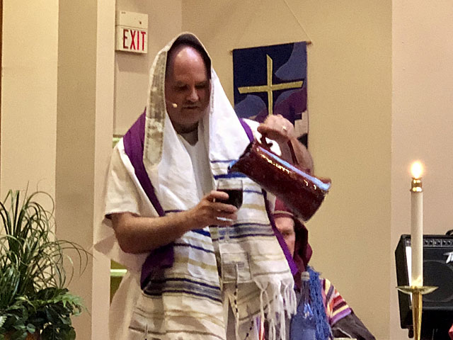 Maundy Thursday Ceremony, Rabbi Pouring Wine, Oakwood United Methodist Church, Lubbock Texas