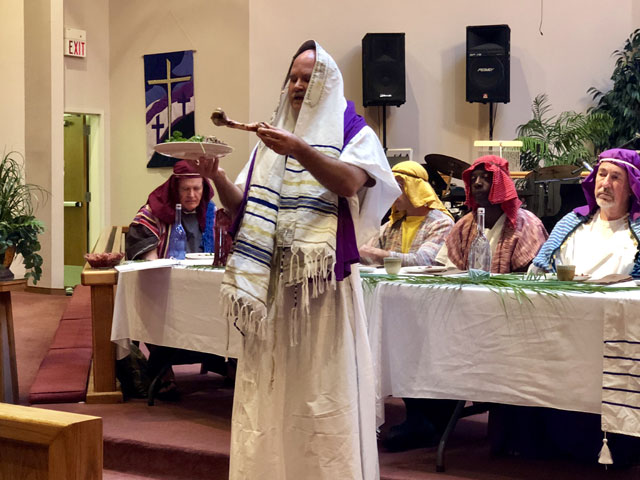Maundy Thursday Ceremony, Rabbi with Lamb Shank, Oakwood United Methodist Church, Lubbock Texas