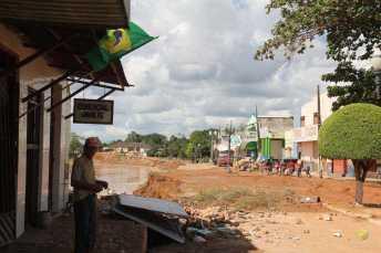 BRASILEIA APOS ENCHENTE-174