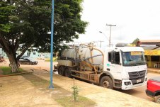 Limpeza de fossa e operaão tapa buracos fotos Wesley Cardoso (5)