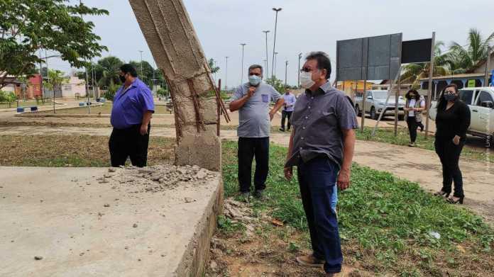 Prefeito Tião Flores irá esperar laudos após reunião com engenheiros da AMAC e empresa: Polícia Civil também realiza inspeção