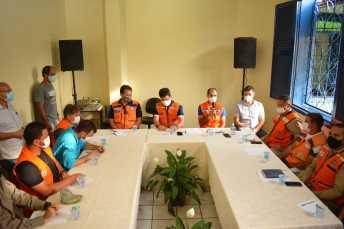 Caminhos são discutidos para que o Acre vença a crise das cheias Foto: Marcos Santos/Secom