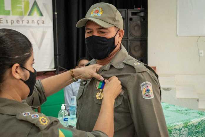 5º Batalhão homenageia primeiro Oficial com medalha Luiz Galvez na regional do Alto Acre