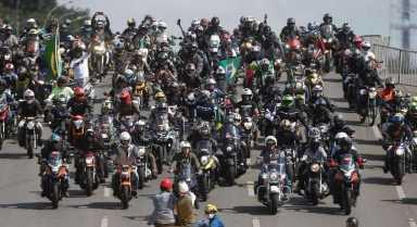 bolsonaro-em-passeio-de-moto-em-brasilia-09052021150500464
