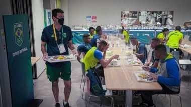 12.07.2021 Jogos Olímpicos Tóquio 2020 - Base de Ota. Alimentação. Na foto a equipe olímpica de Boxe.