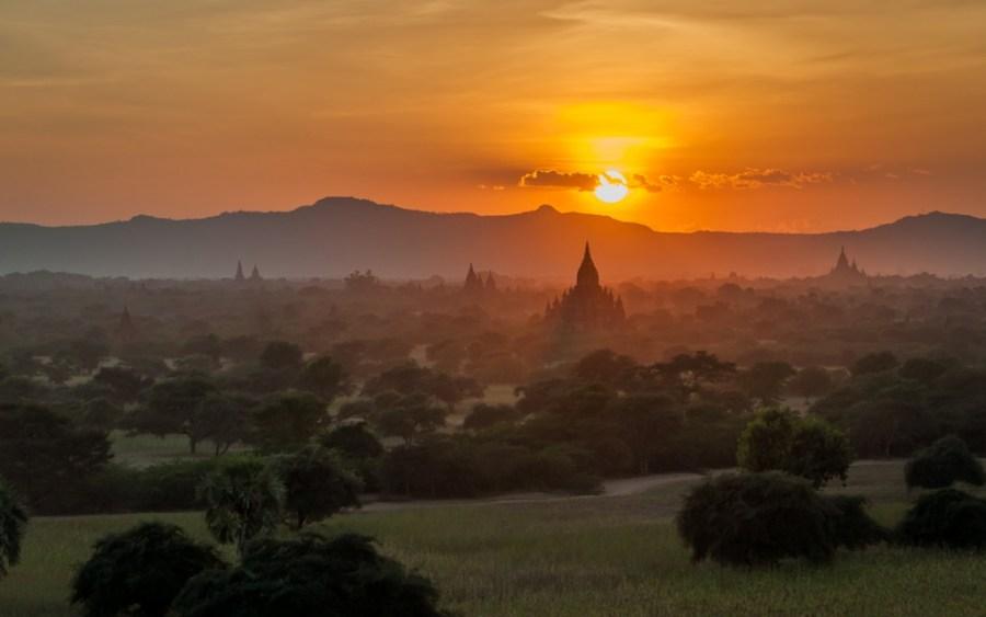Bagan, Myanmar, apus