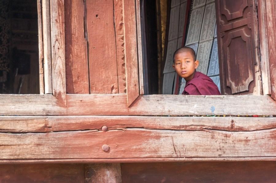 Myanmar, tanar calugar budhist in Shan State, Shwe Yan Pyay