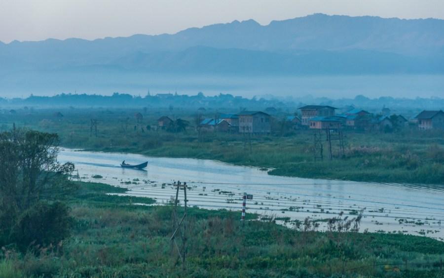 Natura impresionanta la Inle Lake, Myanmar, Nikkor 18-105mm, Nikon D90, Shan State
