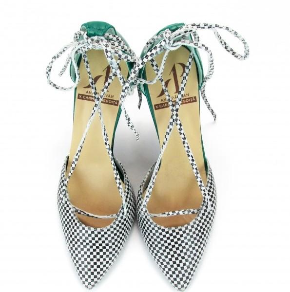 Pantofi by Carmen Negoita