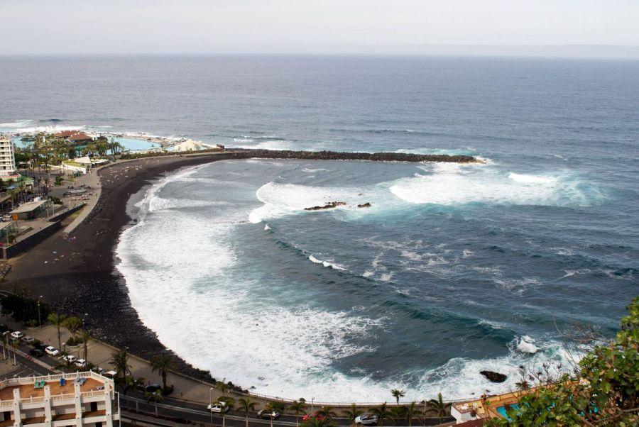 Plajele cu nisip negru vucanic din Nord - Puerto de la Cruz_Vacanta in Tenerife
