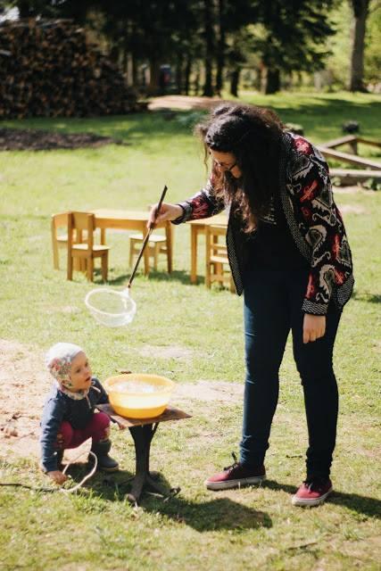 Alina Mohorea, voluntar la gradinita_interviu_Happytude (2)