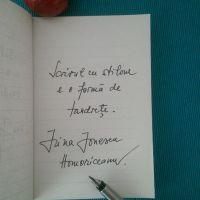 Scrisul de mână, cu stiloul, și oamenii care îl iubesc