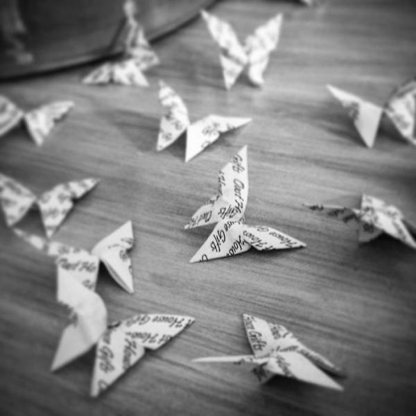 Origami-Butterfly-Wedding-Party-Table-Scatters-Confetti-Handmade-Personalised-Oast-House-Gifts