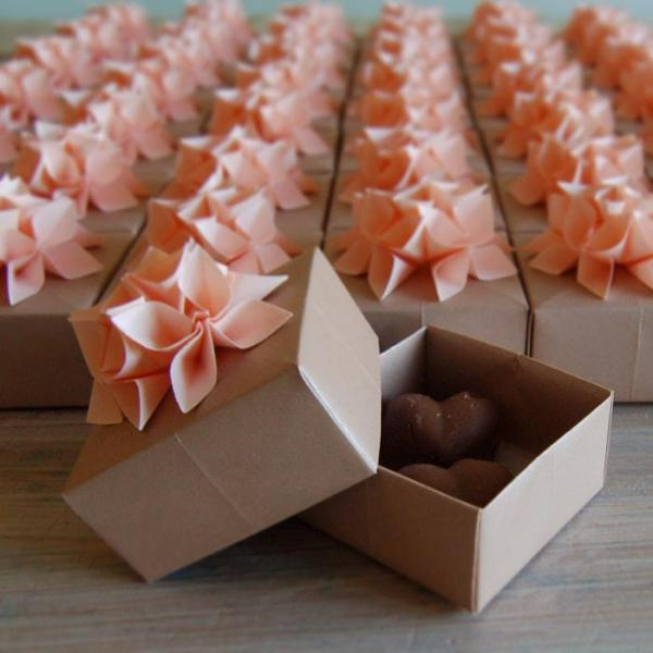 Wedding-Favour-Boxes-Handmade-Origami-Fowers-Milk-Chocolate-Fudge-Oast-House-Gifts
